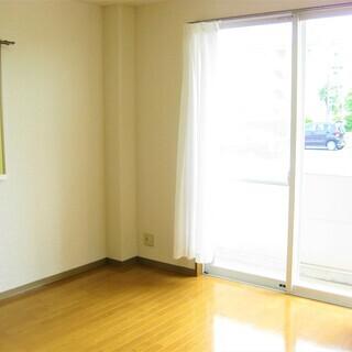 ★家電レンタル対象物件★1K・4万円・1ヶ月家賃無料★ シャトル...