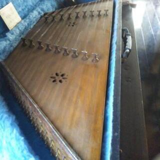 ペルシャの楽器サントウール(値下げしました)