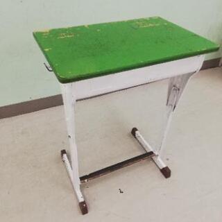 学校の机 3台