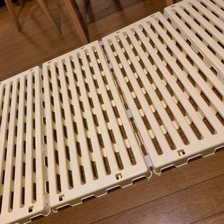 折畳みベビーすのこマット プラスチック
