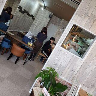 西明石駅徒歩8分!オシャレなカフェで貸切利用♪