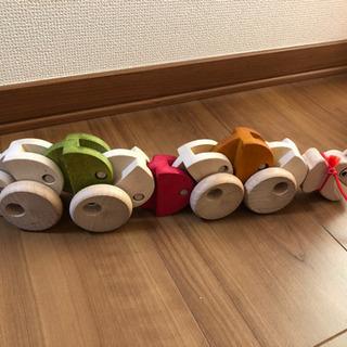【無料】引っ張って遊ぶ木のおもちゃ