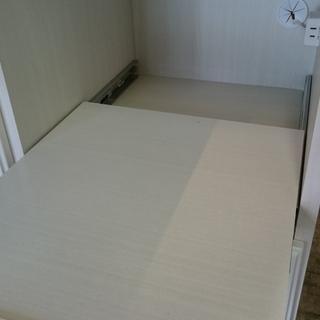 お洒落な ニトリ(NITORI)キッチンレンジボード 食器棚 収納棚 ホワイト - 売ります・あげます