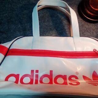 アディダススポーツバッグ