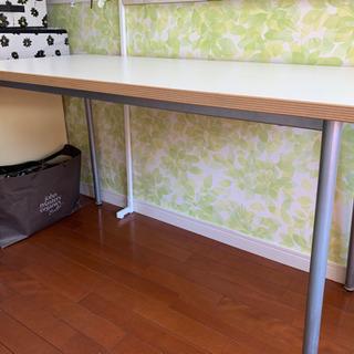 テーブル(子供机、オフィスなど)