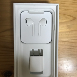 iPhoneイヤホン、充電器新品未使用