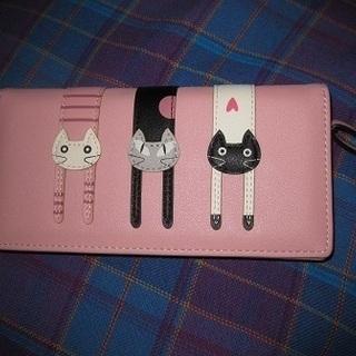 ピンクの猫ちゃん 長財布 カード入れ多 新品
