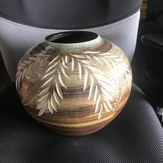 🍄普通の壺 ?(花瓶)