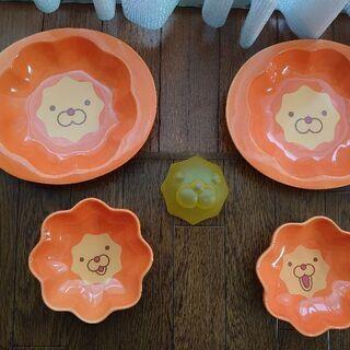 5/6終了☆値下げしました☆ポンでライオンのカレー皿とサラ…