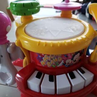 タカラトミー リズムいっぱいマジカルバンド おもちゃ ディズニー