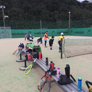 ジュニアテニススクール新規生徒募集中!大分県ジュニアテニス選手権三冠!
