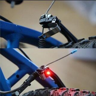 新品で安い簡単取付!! 自転車のブレーキランプです!!