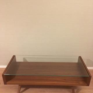 ウニコ Unico ガラステーブルの画像
