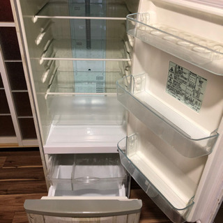 一人暮らし用冷蔵庫の画像