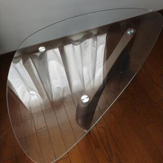 美品!!オシャレガラステーブル