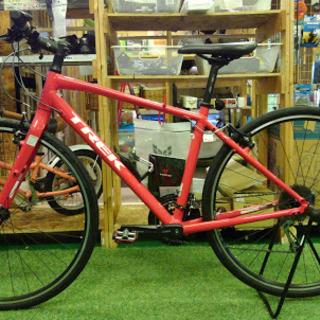 【店舗同時販売中】トレック クロスバイク 赤ってのがまたカッコイイ。