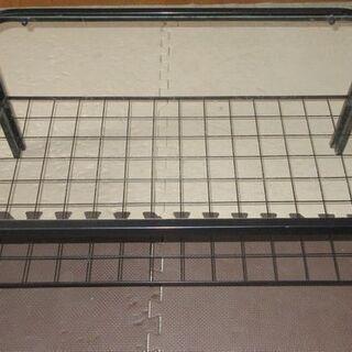 値下げ!ガラストップスチール製ローテーブル(配達要相談)