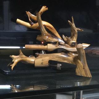 杜松の木で手作りしたヘラブナ用の万力です。