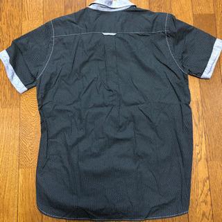 BEAMSの半袖シャツ