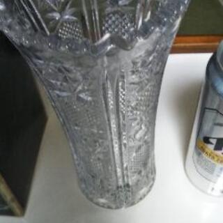 <値下げしました> 花瓶 長期保管品です。 美品だと思います。