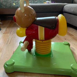 アンパンマンに乗れるおもちゃ今だけ値下げします!