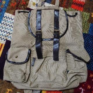 鞄(リュックタイプ)