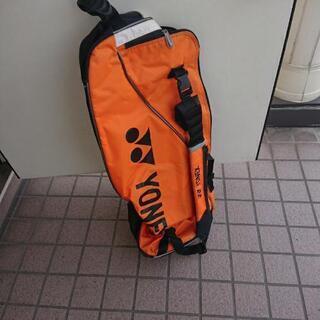 YONEX ラケットバック オレンジ色