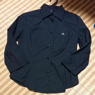 ●クイーンズコートの黒ブラウス 黒シャツ●