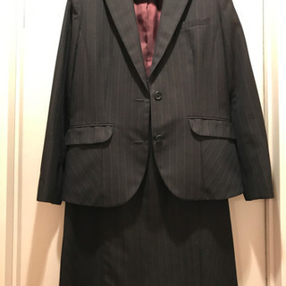 お仕事用スカートスーツ