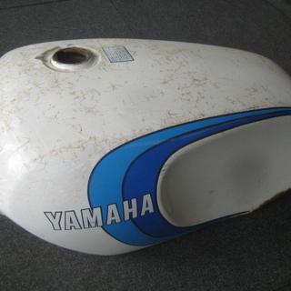ヤマハ RZ350 取り外し タンク 現状 オブジェ ジャ…