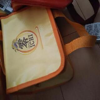 保冷バッグ1つ50円~