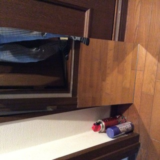 【中古】鏡325mmx730x5(洗面台にある大きさ)千円