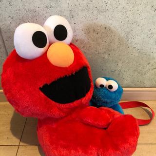 エルモのショルダーとクッキーモンスター