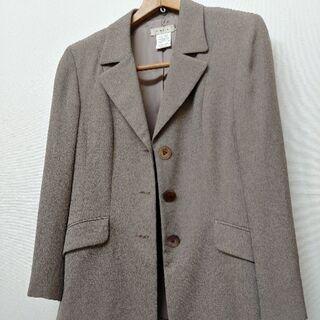☆レディースのジャケットです
