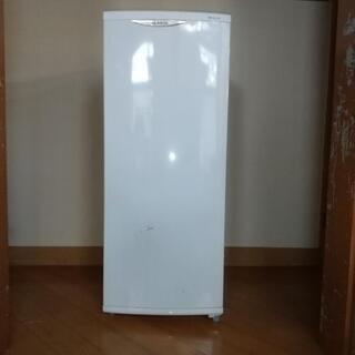 冷凍庫 グラソン140リットル