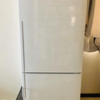 【取引中】取りに来てくれる方! 使用1年の冷蔵庫です