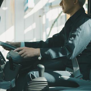 急募!6時間勤務で日額11,200円可!4tドライバー/研修期間...