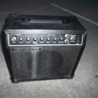 FERNANDES FA-15 フェルナンデス ギターアンプ