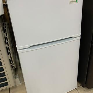 ヤマダ電機 YRZ-C09B1 90L 2017年製 冷蔵庫の画像