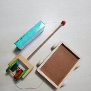引っ張るおもちゃ pintoy 押す&引っ張るおもちゃ 木製