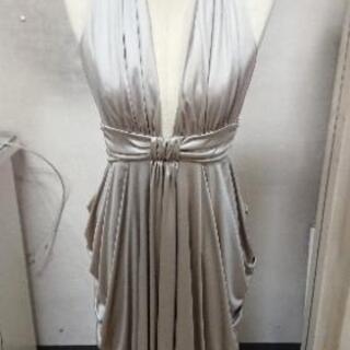 フォーマルなドレス