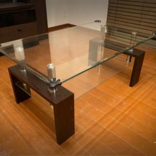 (決まりました)ガラステーブル