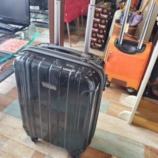 ブラック スーツケース49L Sサイズ 鍵つき!