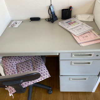 ジム机と椅子
