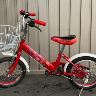 トミカの14インチの赤い自転車です。