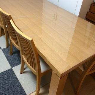 6人掛けイス付きダイニングテーブル