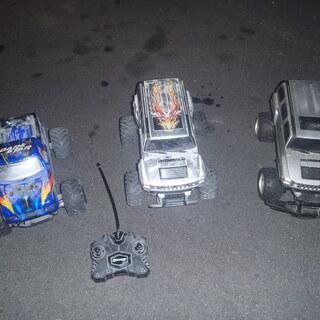 ラジコン三台ジャンク品1