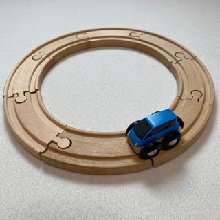 木製レール + 小さい車