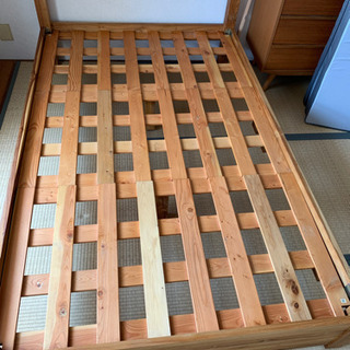 ウニコ セミダブルベッド