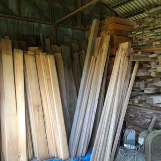 家の倉庫などに眠っている良質な木材ありましたらご一報ください!!